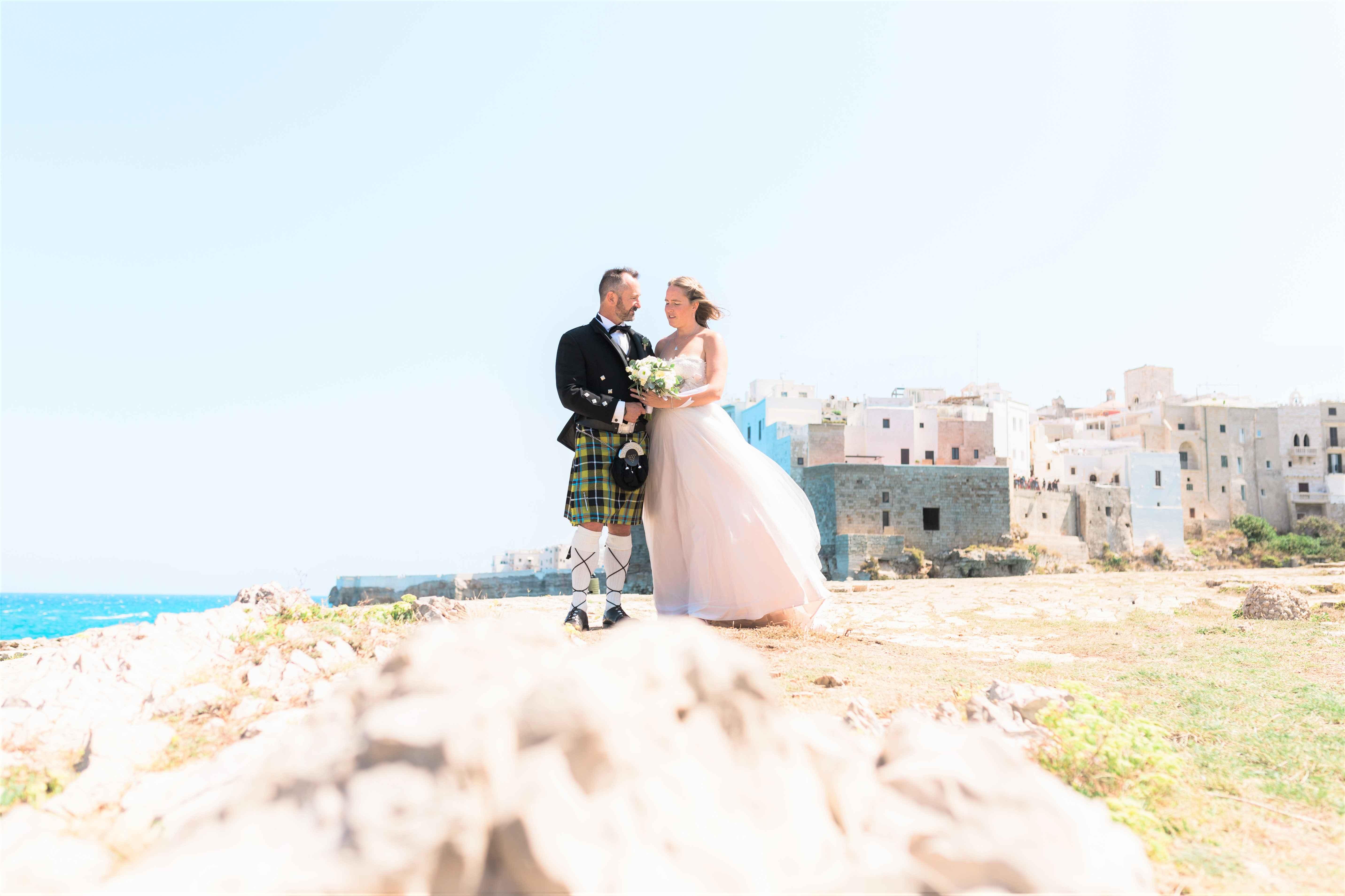 seaside wedding in italy